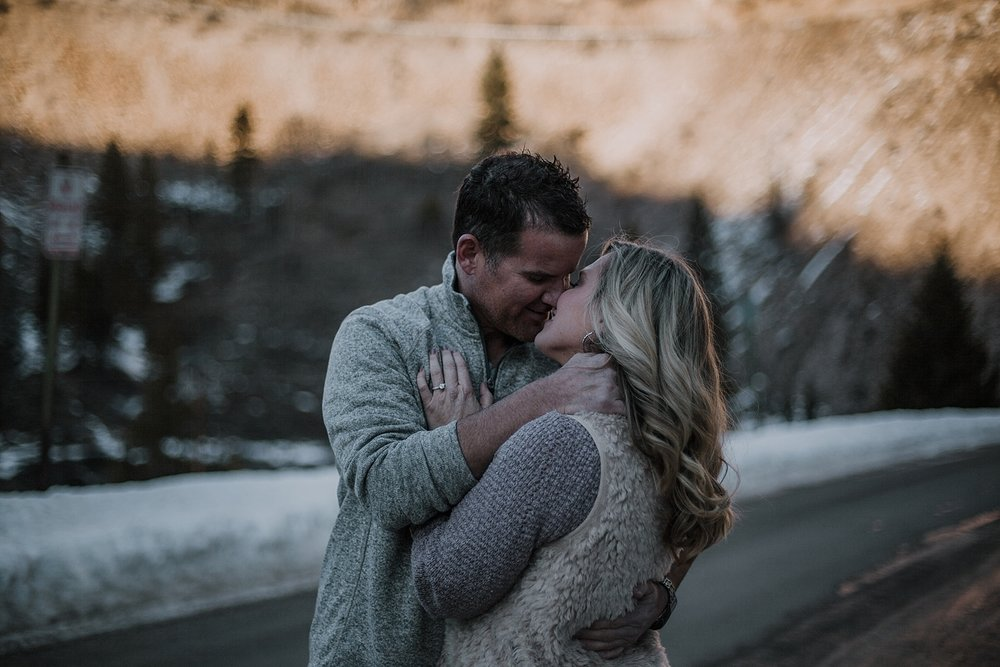 couple kissing, colorado adventure session, colorado engagement session, colorado wedding photographer, red cliff wedding photographer, leadville wedding photographer