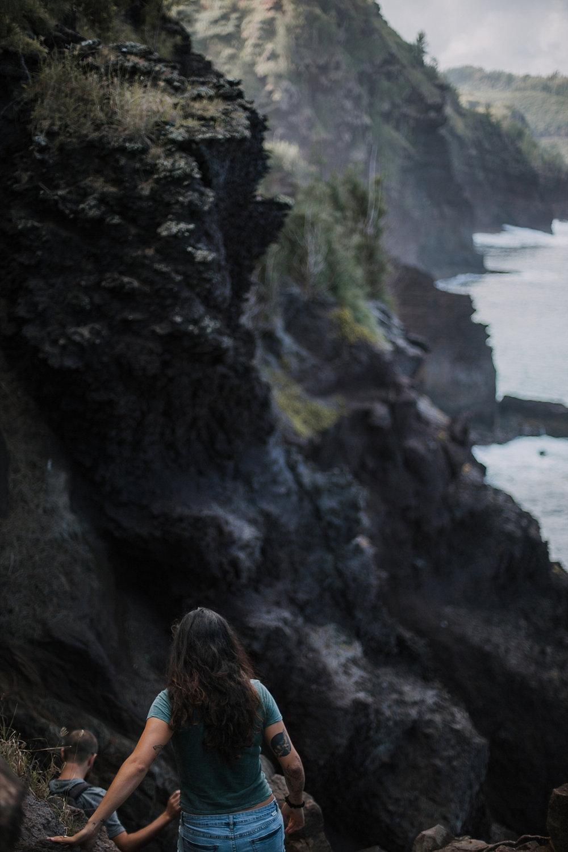 adventurous maui engagements, cliffside engagements, maui wedding photographer, lahaina wedding photographer, hawaii wedding photographer, adventurous wedding photographer