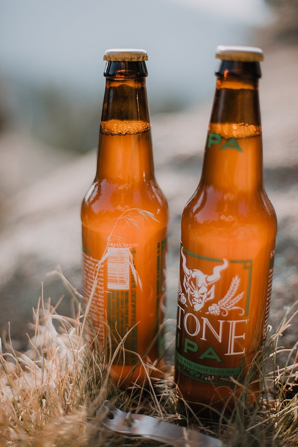 elopement beers, celebratory beers, boulder colorado elopement, intimate colorado elopement, boulder colorado elopement photographer, realization point elopement, self solemnizing elopement