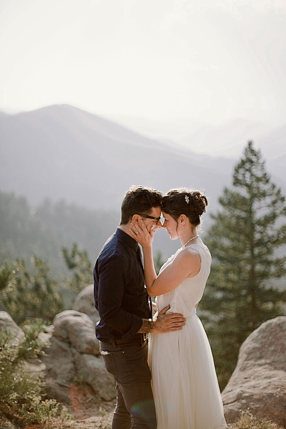 eloping couple, boulder colorado elopement, boulder colorado self solemnization, colorado self solemnization, boulder colorado elopement photographer, realization point elopement