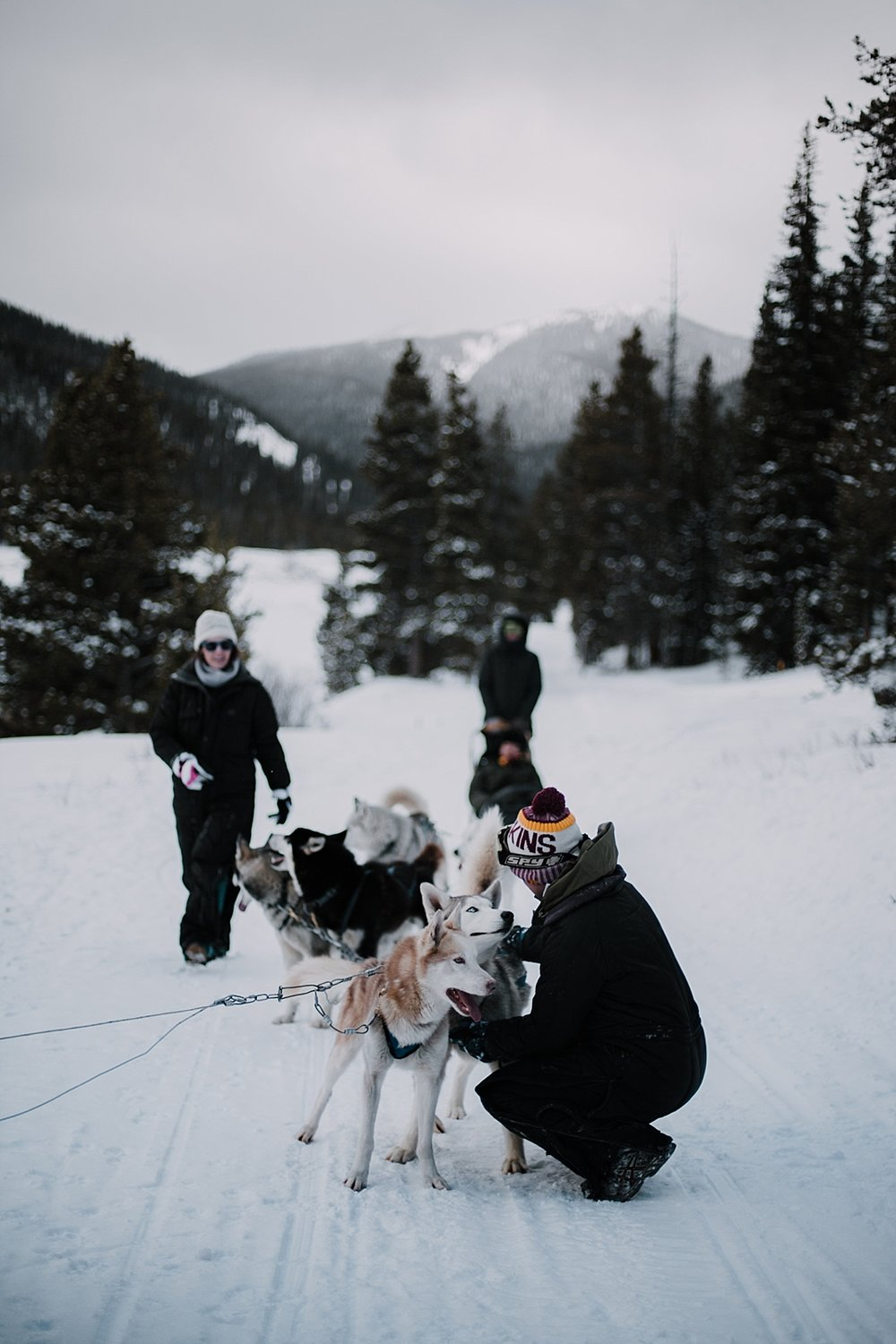 husky cuddles, breckenridge elopement photographer, alaska elopement photographer, norway elopement photographer, greenland elopement photographer