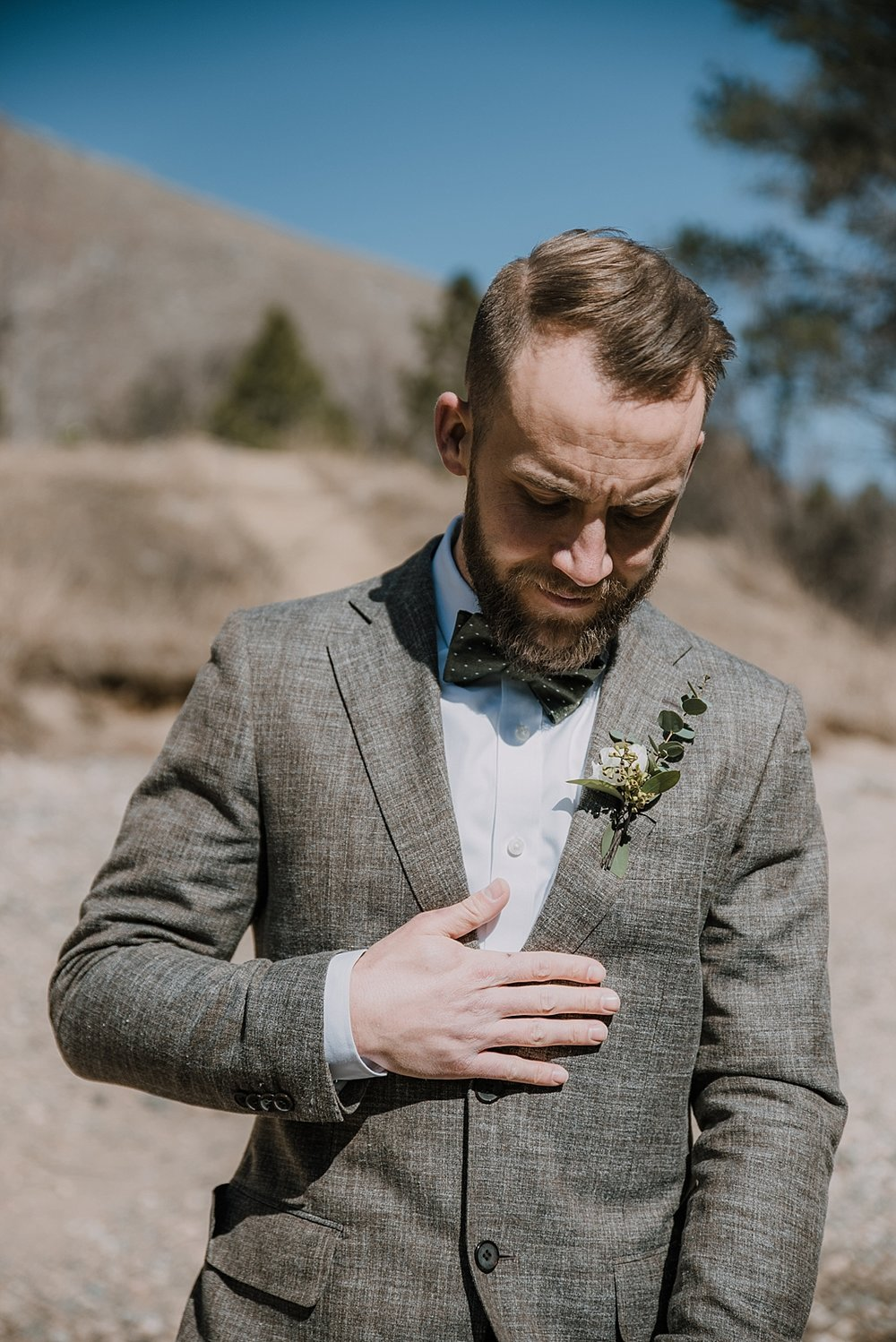 groom, gateway natural area elopement, seaman reservoir elopement, fort collins colorado elopement, colorado elopement, fort collins wedding photographer, groom details
