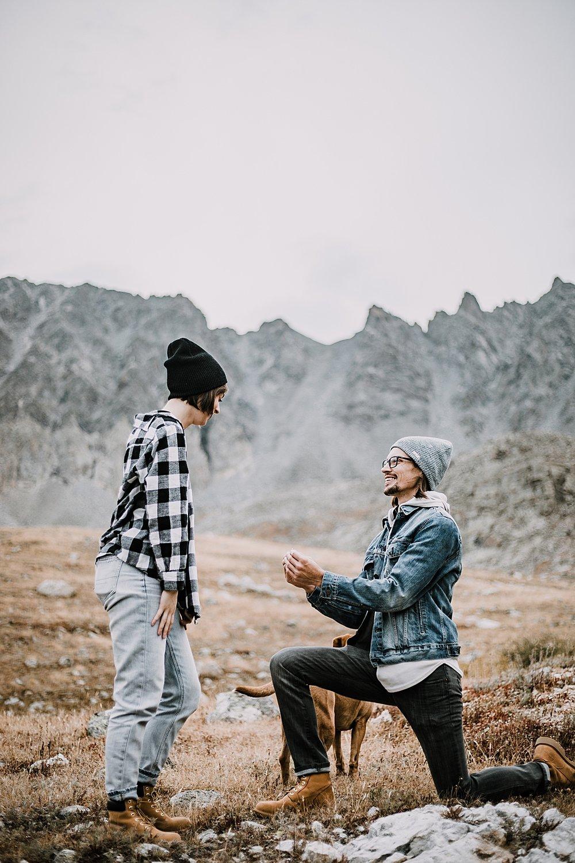 man proposing, colorado surprise proposal, hike mayflower gulch, mayflower gulch proposal, mayflower gulch elopement, mayflower gulch wedding, mayflower gulch engagments, leadville elopement