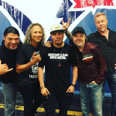 Mix Master Mike with Metallica on the WorldWired Tour. Winners will receive a signed copy of this photo in addition to the other behind-the-scene photos.