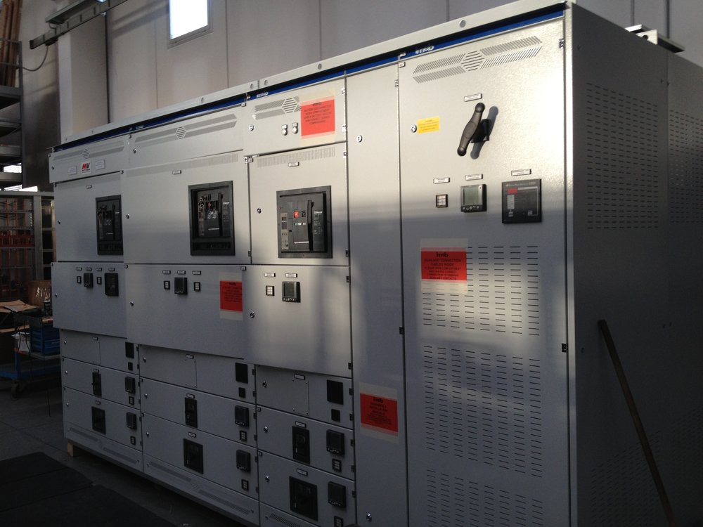lv switchgear.JPG