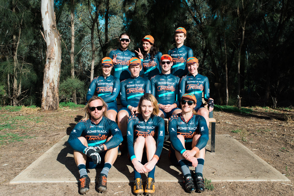 bombtrack treadly racing full team photo