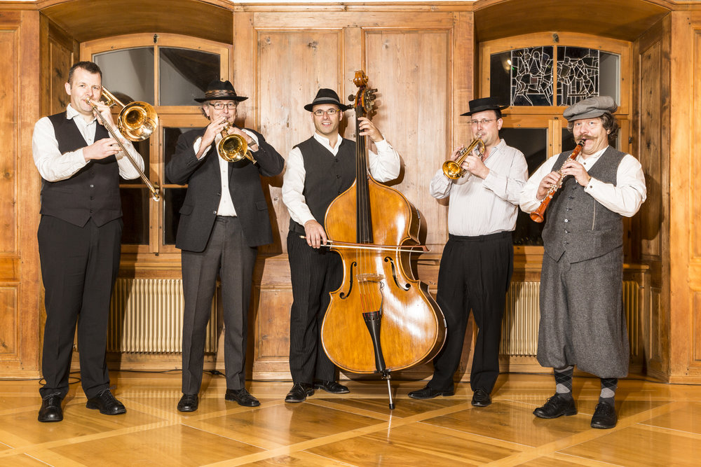 Bauernmusik Altdorf.jpg
