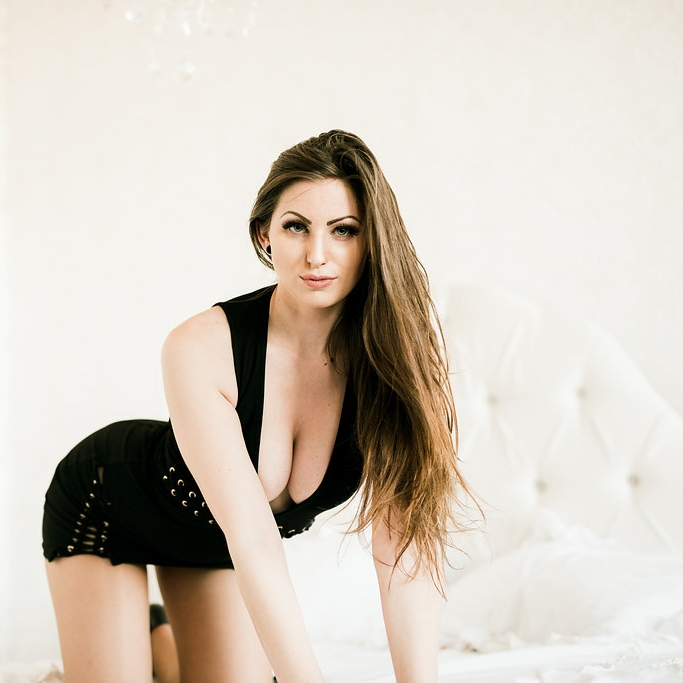 Daffnie Kline Kink Fetish BDSM