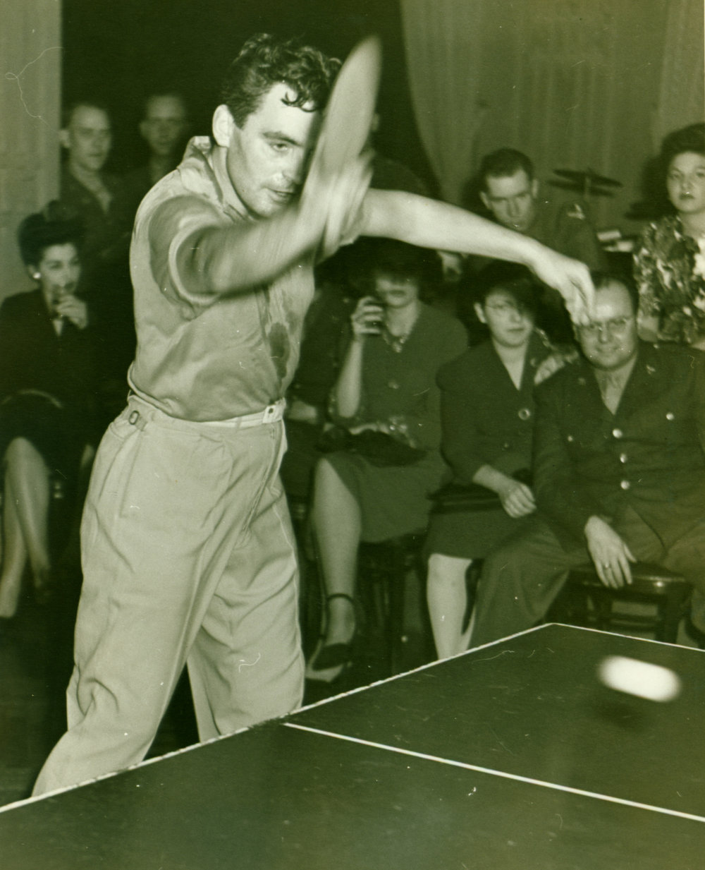 1943 - 1945