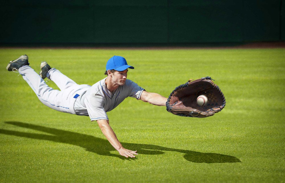 baseball-player-diving-catch.jpg