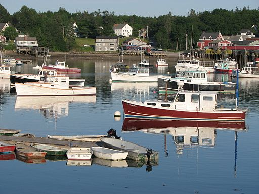 Bass Harbor, Maine By Mourial (Own work) [GFDL (http://www.gnu.org/copyleft/fdl.html) or CC BY 3.0 (http://creativecommons.org/licenses/by/3.0)], via Wikimedia Commons