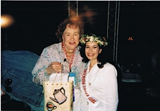 Julia Child and Nikki Ferrari at Aspen Food and Wine Classic