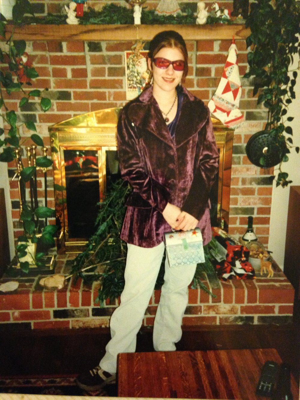 ...The purple phase... Please note the holographic lunchbox purse!