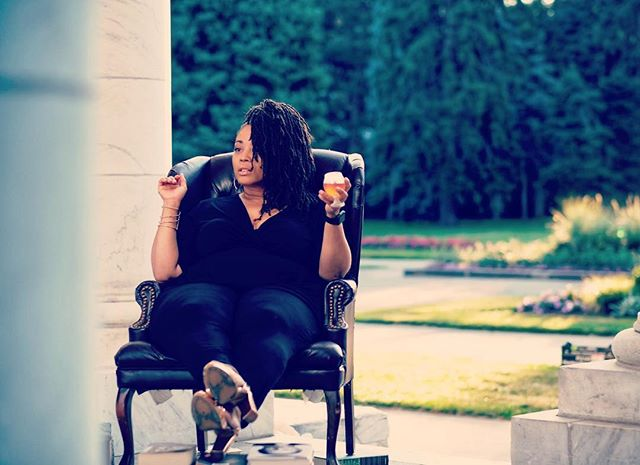 #Repost from @rajdularimusic using @RepostRegramApp - #Mood all summer long 🍹.... . 📸: @landell_original . #Unbothered #WhoRunTheWorld #BlackGirlMagic #RLxPress #NewWork #PlusGirls #PlusFashion #CurvyGirlsRule #Fatshionista #PlusModel #Curves