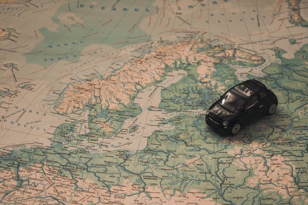 adventure-baltic-sea-car-21014.jpg