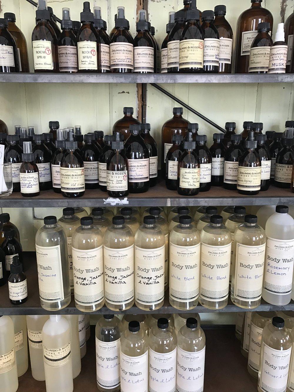 Zielinski and Rozen's unique scents