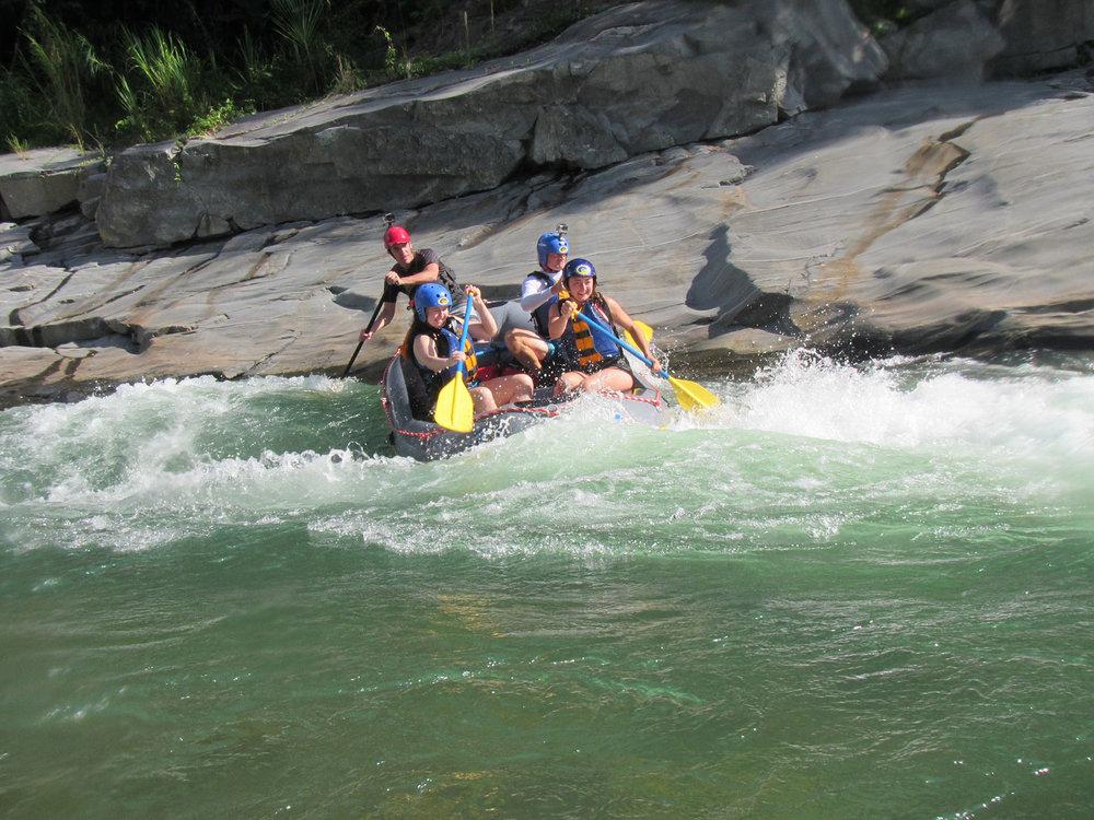 las-cascadas-rafting4.jpg