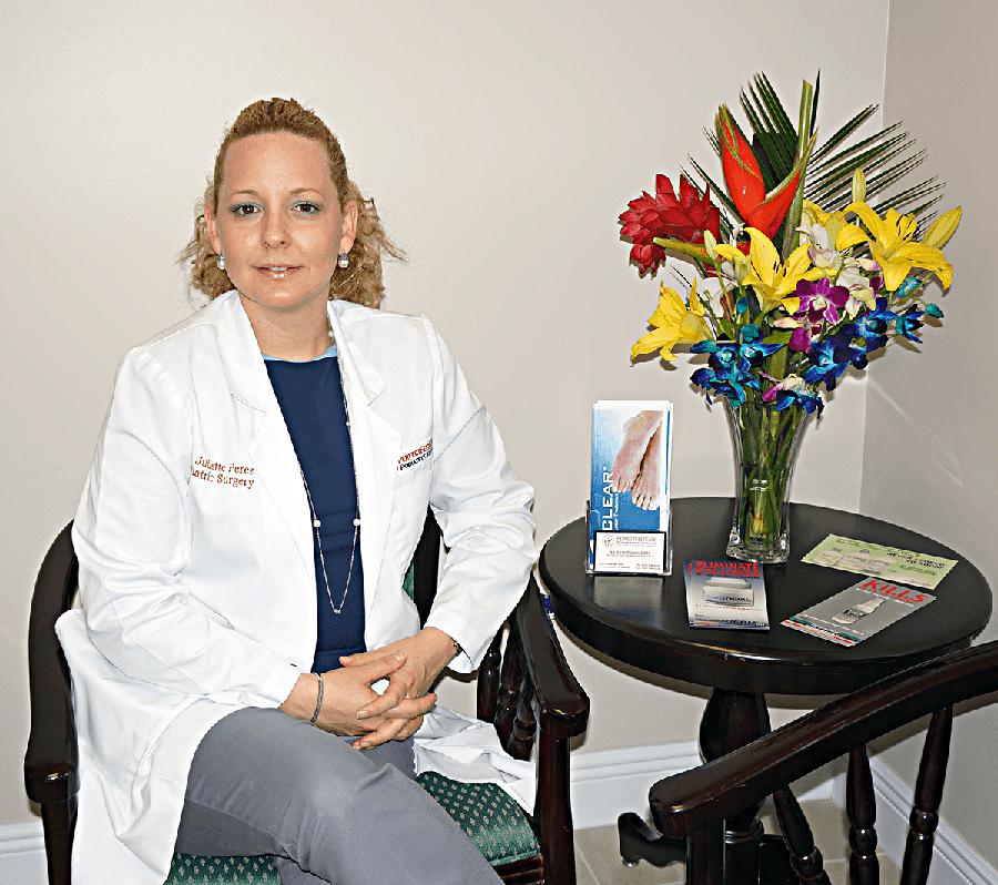 Podiatrist Juliette Perez in Miami Hialeah FL