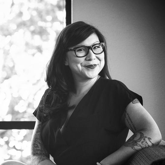 Annie Miller   Creative Director / Copywriter / Scientist