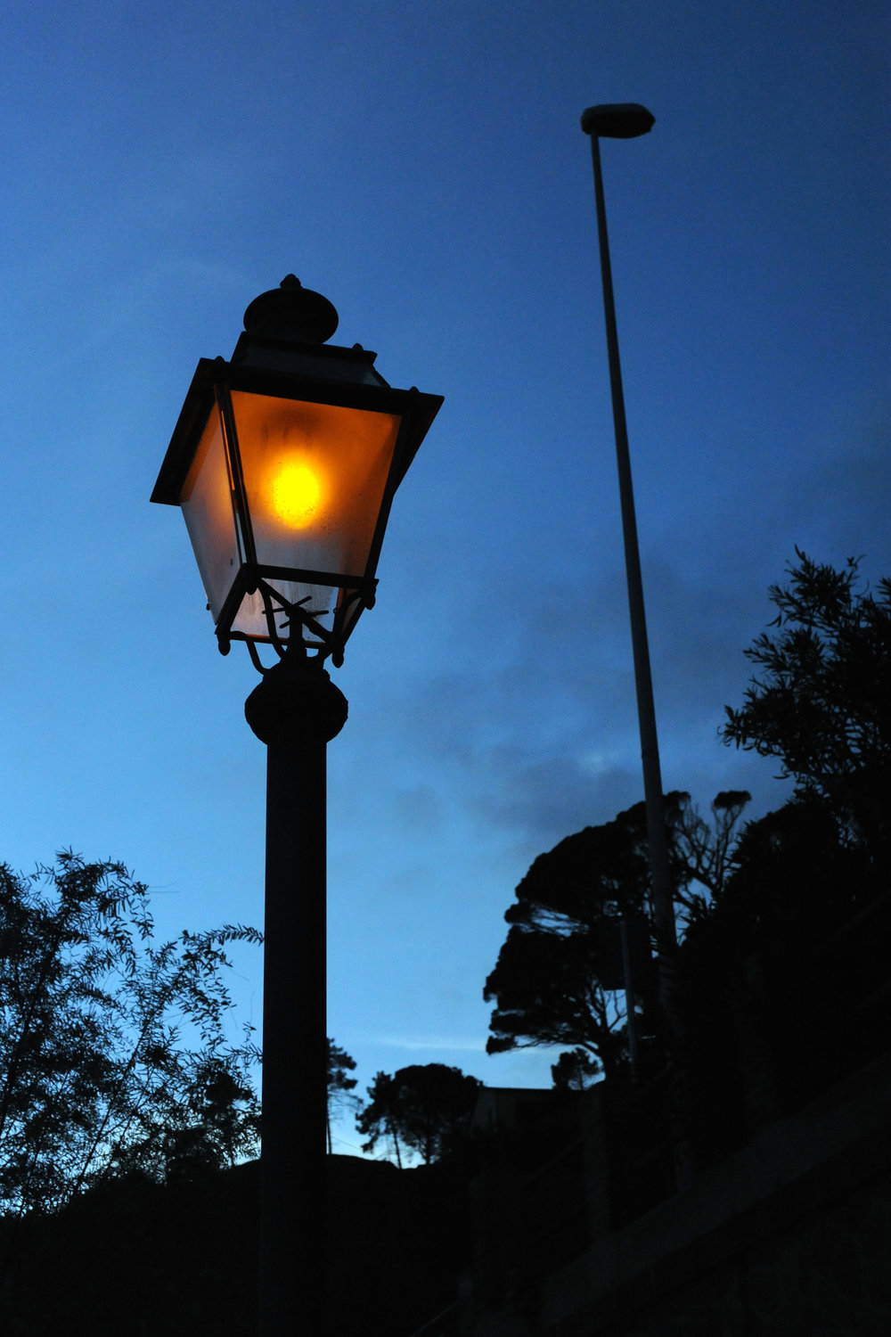 Gas Lamp, Monterosso
