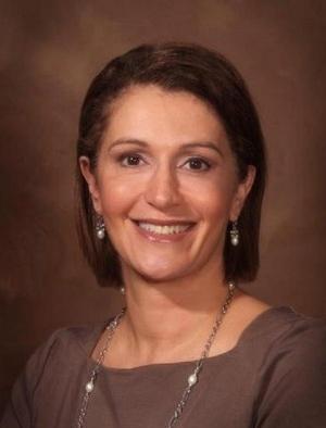 Cynthia Poulos MD. Plastic Surgeon
