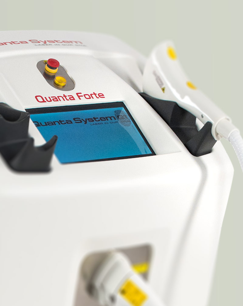 Forte - Three technologies in one device: wrinkle reduction, pain-free hair removal and spot removal.