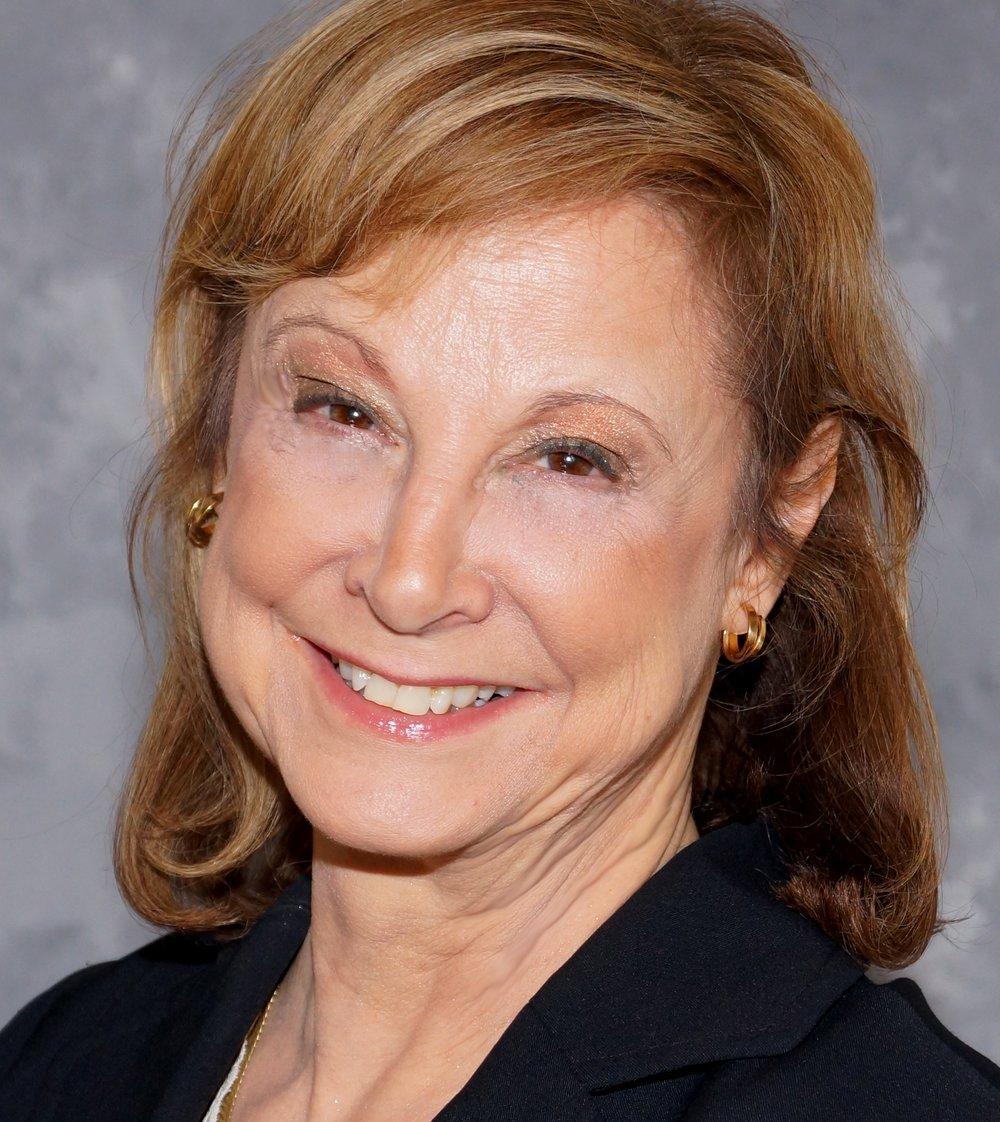 Diane Fener Headshot