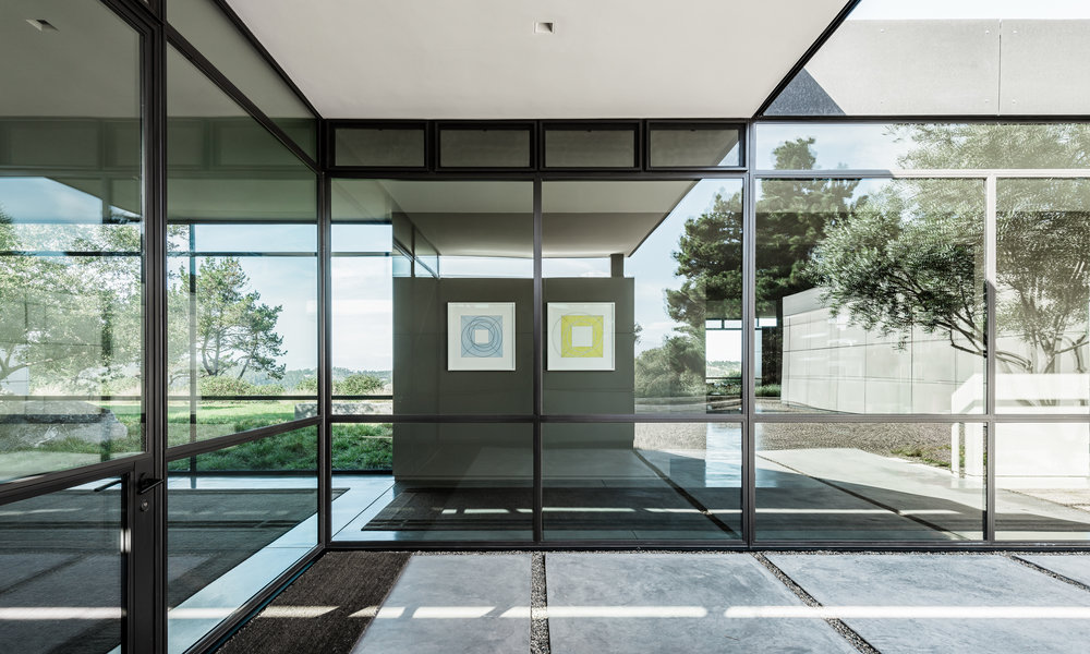 Artist: Robert Mangold, Architect: Jim Jennings,Photographer: Joe Fletcher,Location: Carmel, California