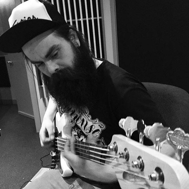 @dylanbrulotte (aka DarkSanta) crushing bass on new @foresterband music @velveteenaudio