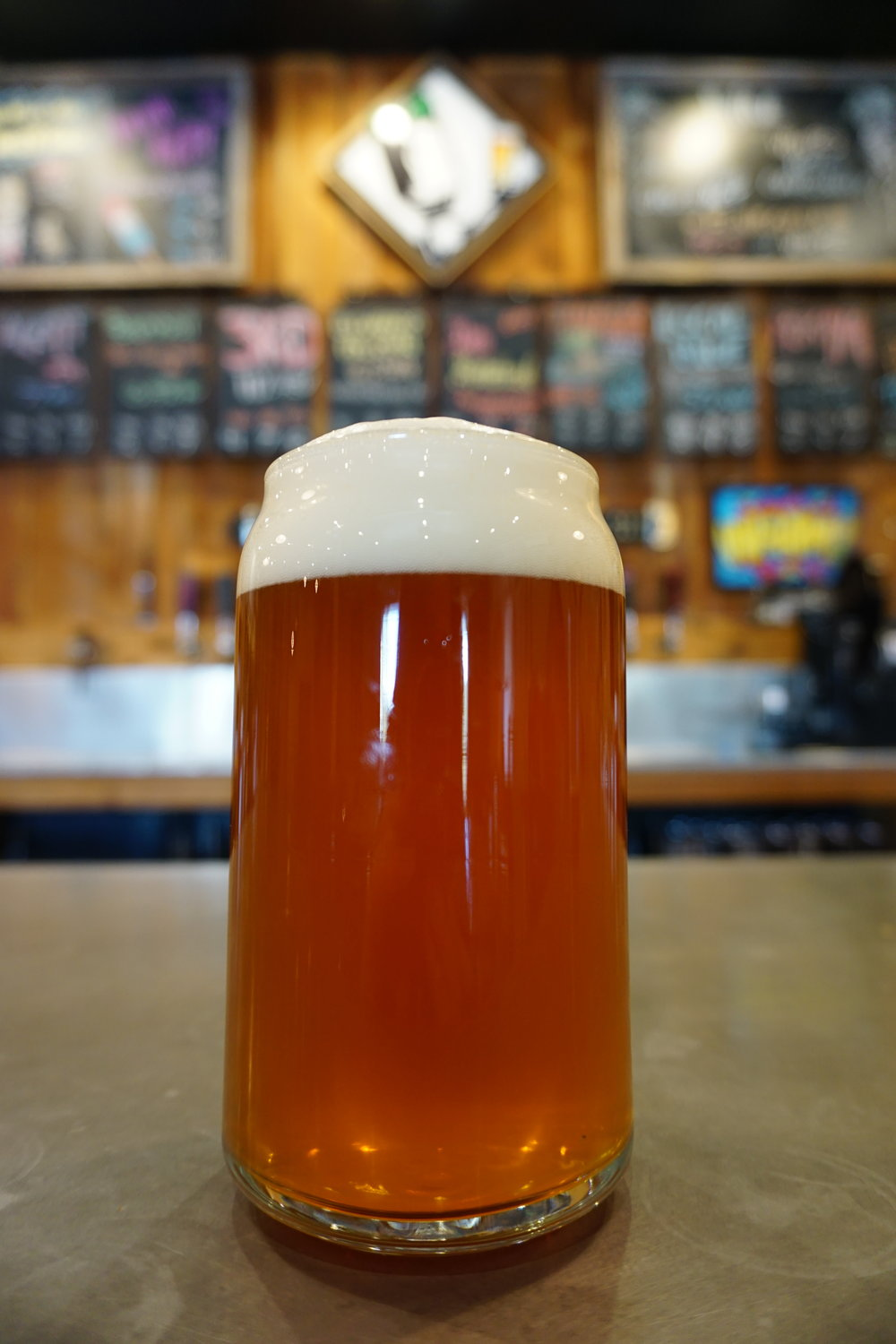 Shuttlebus, Rye IPA, 7% - Brewed with rye and crystal malts, then dry hopped with five different hops to give this brew strong hop character paired with spicy caramel tones.