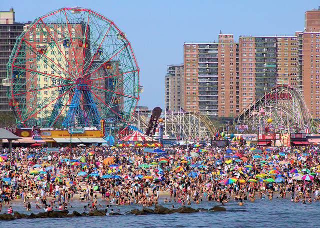 Group discounts are for 25 people or more at Deno's Wonder Wheel