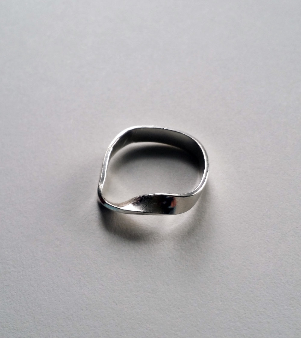 twisted_square_ring.jpg