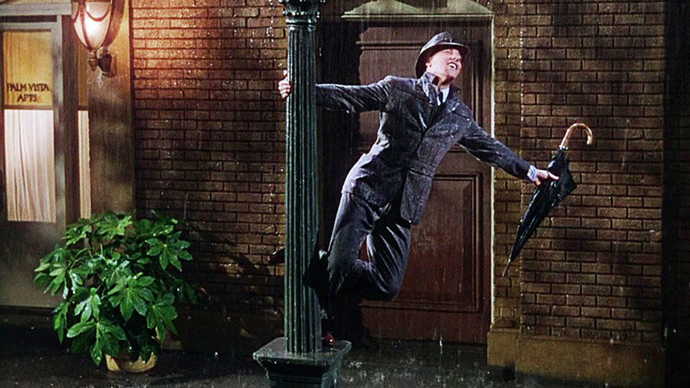 Gene-Kelly-Singing-in-the-Rain.jpg