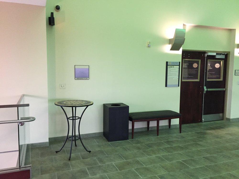 3rd Floor: Stairwell Perch