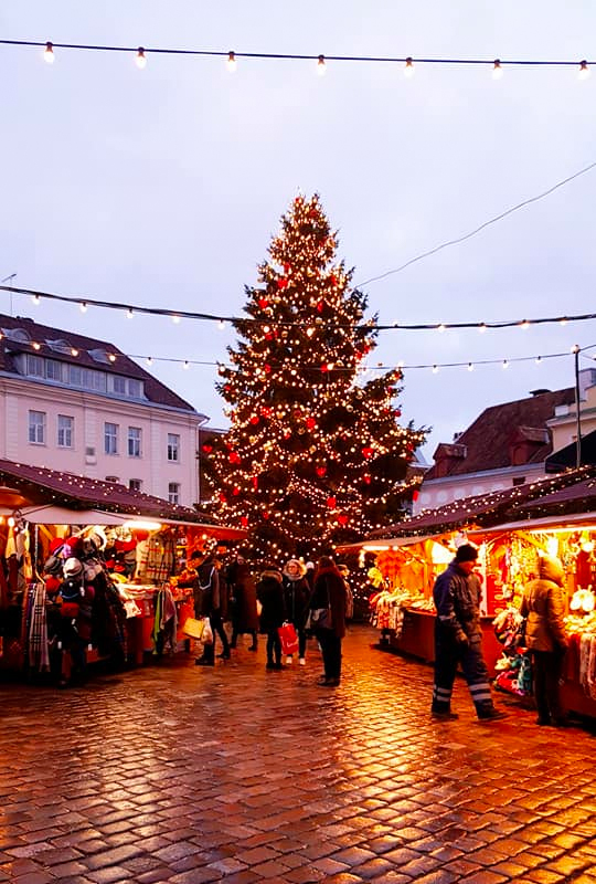 tallinnchristmasmarkets2.jpg
