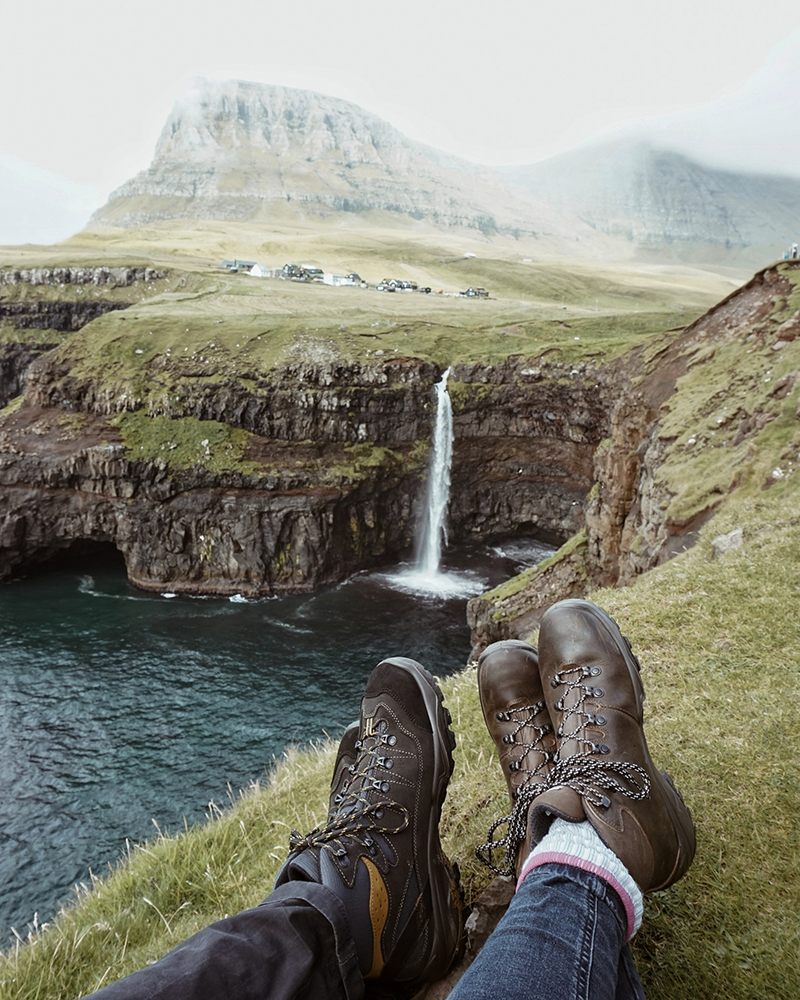 Theseptemberchronicles_faroeislands_waterfall2.jpg