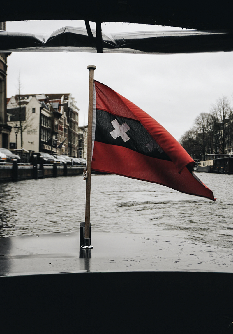 Theseptemberchronicles_amsterdam_boatflag.jpg