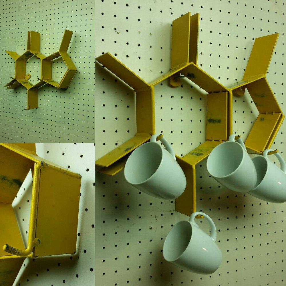 Caffeine cup rack