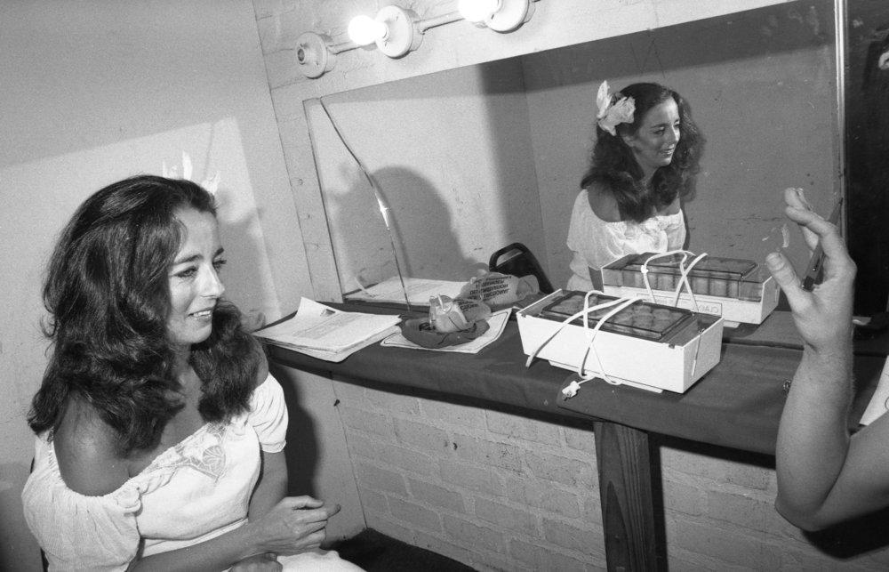 Comedian Karen Hartman, Comedy Store, Los Angeles, ca.1980