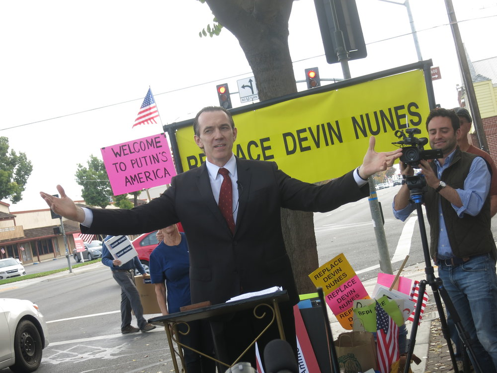 "Nov 21 2017, ""Vladimir,"" a ""special envoy"" from Russia, offers keys to the city of Moscow to Devin Nunes. Clovis CA"