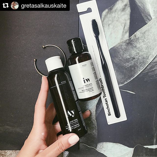 Ok. We got one more repost story. @gretasalkauskaite is fashion and lifestlyle blogger whose camera has caught charcoal toothbrush and some other goodies made by VIVI Cosmetics. Big hugs and smiles to her. Will keep on following great content! #activatedcharcoal #whiteteeth #smiles #teethwhitening #whitesmile #natural #amazonuk #amazonprime #toothbrush #charcoaltoothbrush