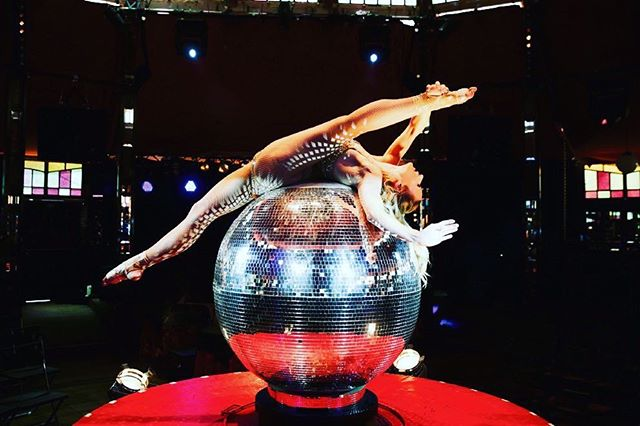 Who doesn't want a giant disco ball at their event?! To book this act or any others - go to our website - it's in our profile. ••• #CIRCUSENTERTAINMENT #hoteleventsplanning #weddingentertainment  #corporateevents #corporateentertainment #hoteleventmanagement #eventplanner #eventplanning #londonevent #circusagency #circusevent #circuseverydamnday  #acrobaticartsuk  #eventdesign #production #theatre  #weddingevent #weddingplanning #partyplanner #weddingparty #partyideas #hotelevent #circusperformer #circusparty #circusartist