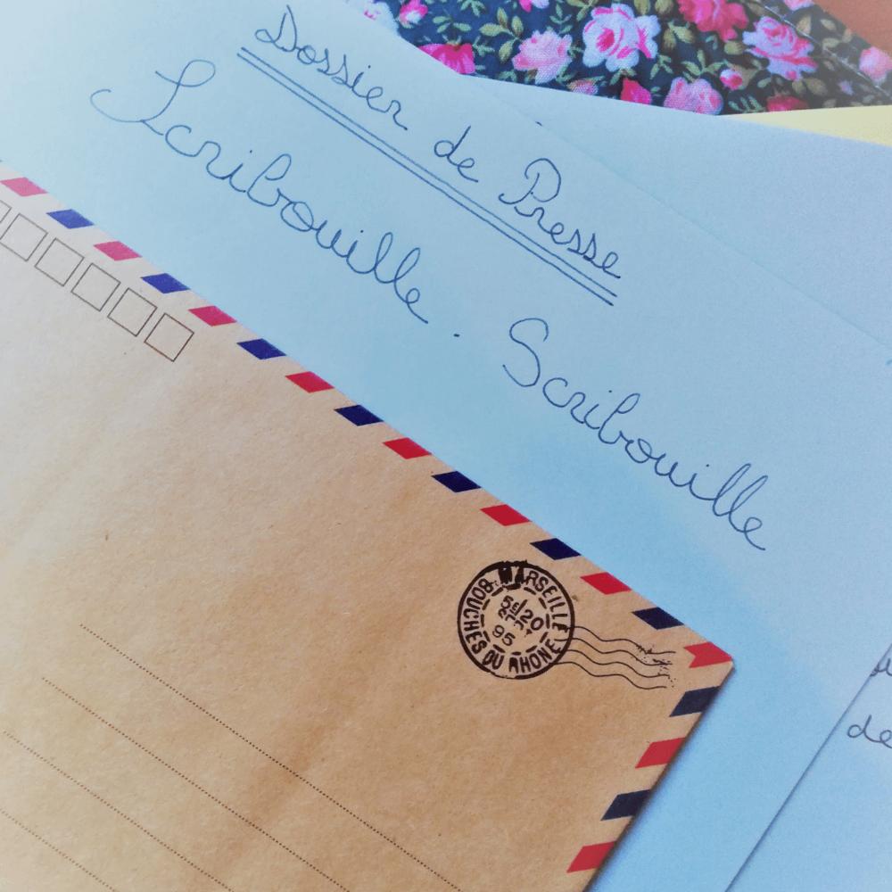 Dossier de presse manuscrit de Scribouille (1).png