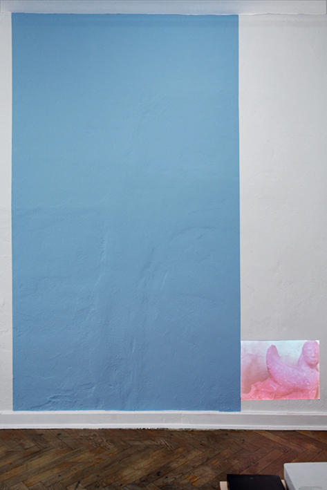 Tremella Fix, acrylic paint, video-loop, dimensions variable, 2015