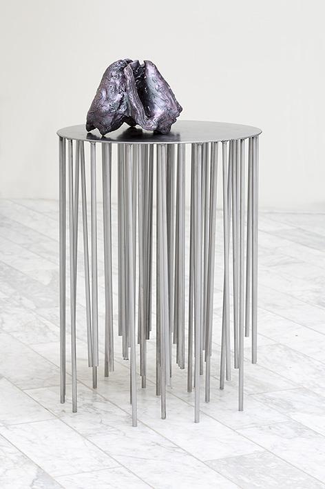 Ocean Bed .Steel, jesmonite, Alsa- costumpaint, 45 x 45 x 115 cm.2014.