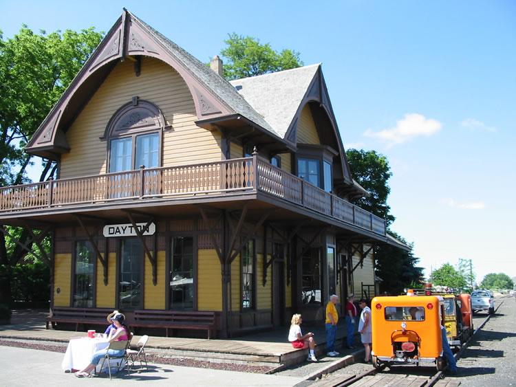 Dayton Depot Gift Shop -