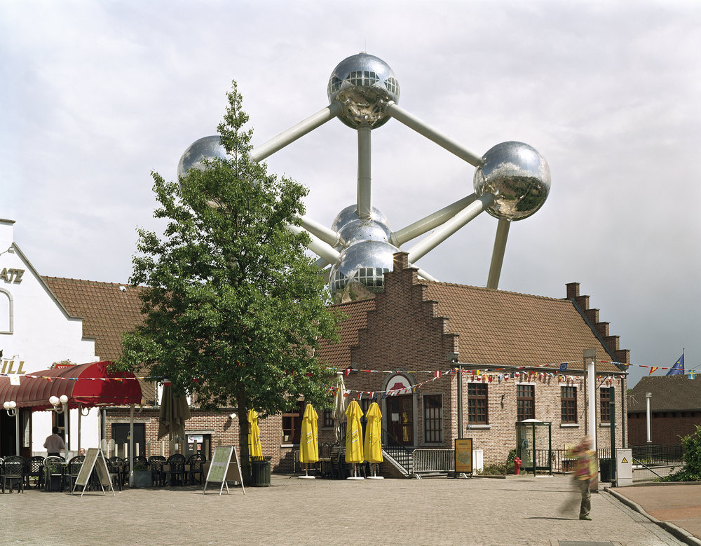 Lost-Utopias-Jade-Doskow-Front-Room-Gallery-Atomium.jpg