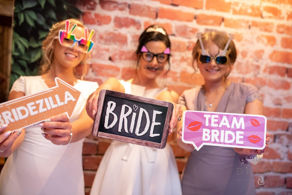 Wedding Magic Mirror Photo Booth Hire Nottingham, Derby, Leicester, and East Midlands