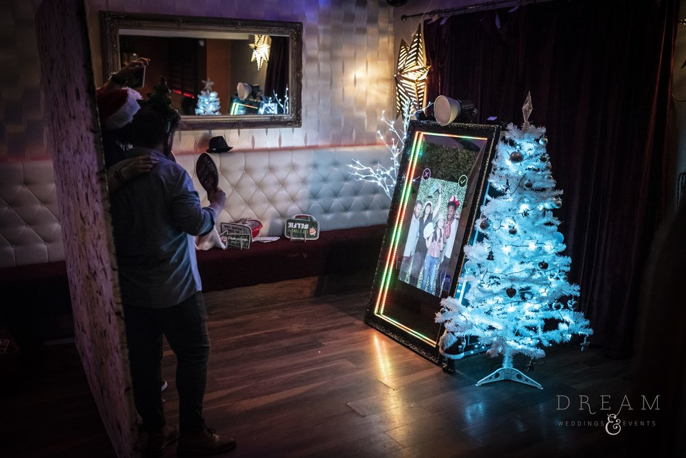 Hire Christmas Corporate Magic Mirror Photo Booth Nottingham, Derby, Leicester, East Midlands
