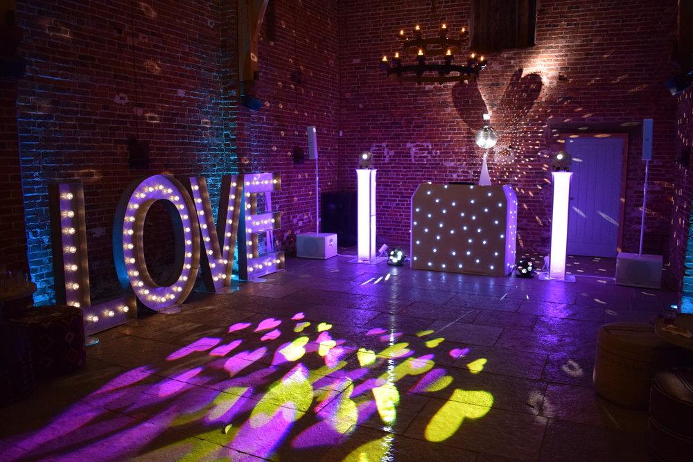 Wedding DJ Nottingham- Hazel Gap Barn